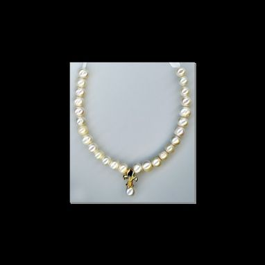 Custom Made 14kt Gold Pearly Fleur Necklace
