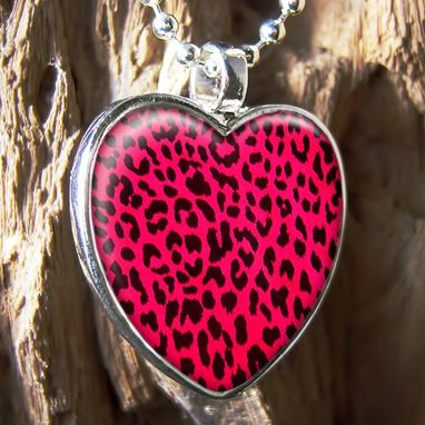 Custom Made Hot Pink Leopard Print Retro Sterling Silver Heart Necklace 205-Shn