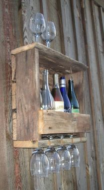 Custom Made Rustic Reclaimed Barn Wood Wine Rack Wall Mount 4-5 Bottle Cottage, Country, Barn Wood
