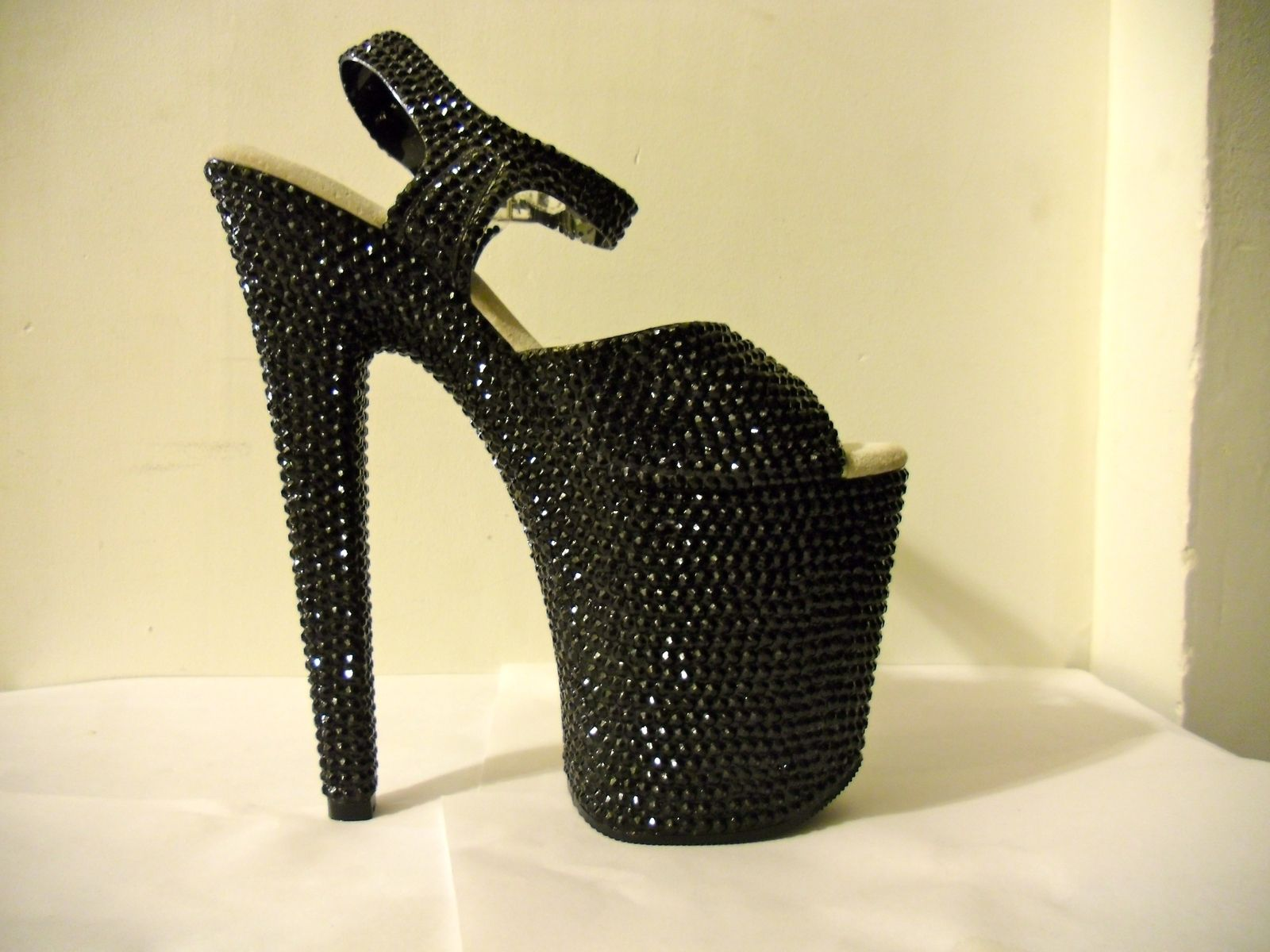 9df2166fa Buy a Hand Crafted 3d Crystallized Hello Kitty Heels (Black/Red), made to  order from Unique'z | CustomMade.com