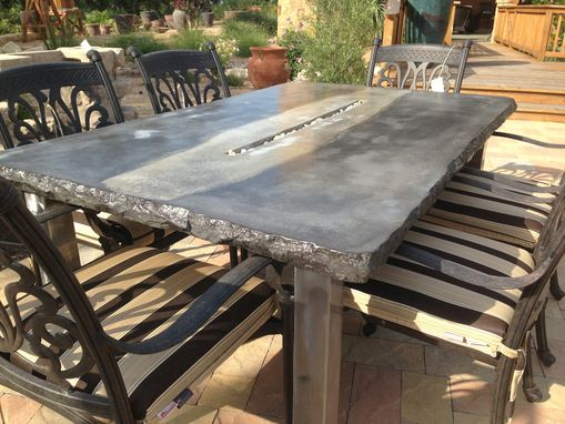 custom made cfrc concrete fire tables fire pits by concrete jungle. Black Bedroom Furniture Sets. Home Design Ideas