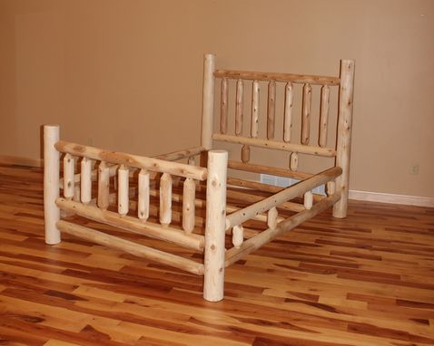 Custom Made Traditional Cedar Log Beds
