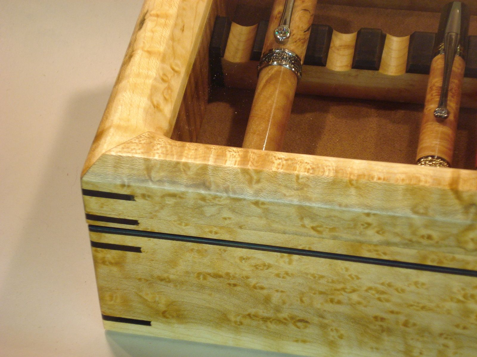 Hand Crafted Birdseye Maple Pen Display Case By Dwf