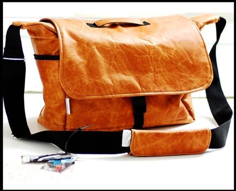 Custom Made Leather Bag Doctor Bag Or Travel Bag In Naked Leather Unisex - Extra Large