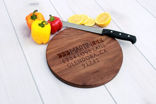 Custom Made Personalized Cutting Board, Engraved Cutting Board, Custom Wedding Gift – Br-Wal-Martinboldarrow