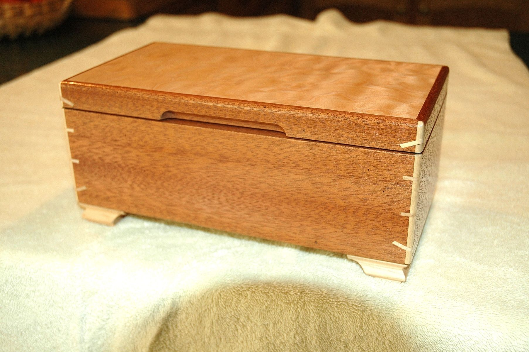 Handcrafted wood jewelry boxes - Mahogany Box With Maple Feet