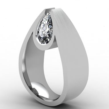 Custom Made Pear Shaped Diamond Ring