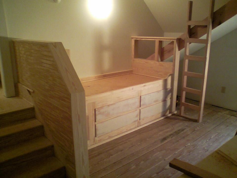 Custom Made Beds Image Gallery: Custom Built-In Day Bed By Russell Keith Construction
