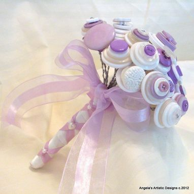 Custom Made Lilac And White Buttons Bridal Bouquet Set
