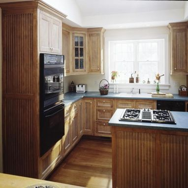 Custom Made Maple Kitchen With Time Worn Finish In Wilton, Ct