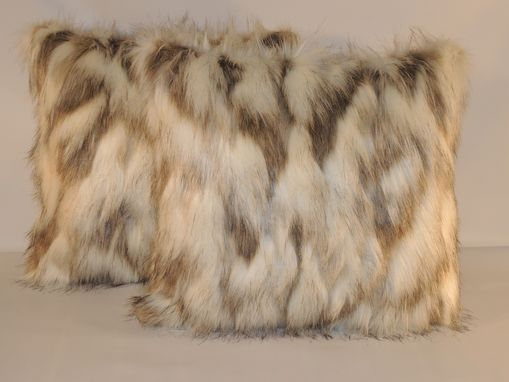 Custom Made Tibetan Sand Fox Ivory Beige Faux Fur 18 X18 In. Decorative Pillow - Set Of 2