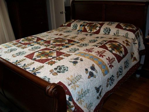 Custom Made Stunning Traditional Applique Quilt With Flowers, Triangles And Star Patterns.