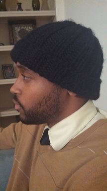 Custom Made Black Knitted Ribbed Hat For Men And Women