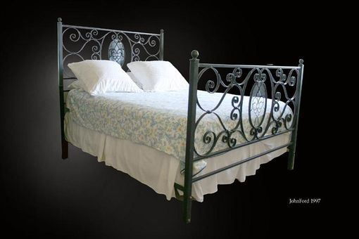 Custom Made Custom Qing Size Metal Bed