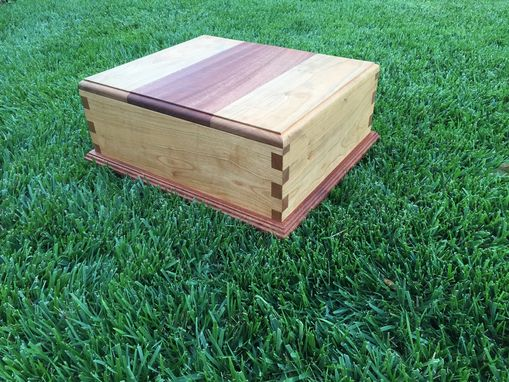 Custom Made Gift Box | Finger Joints | Solid Wood