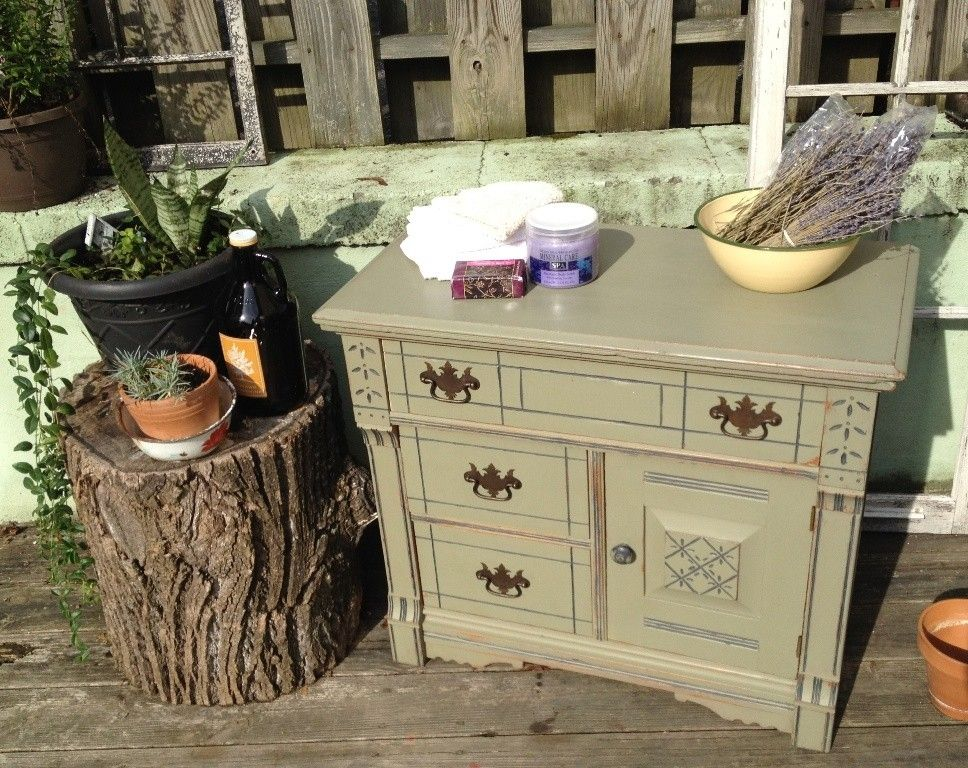 Hand Crafted Vintage Eastlake Spoon Carved Washstand By