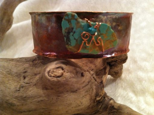 Custom Made American Turquoise And Copper Bracelet