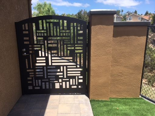 Custom Made Modern Metal Gate Steel Garden Walk Thru Pedestrian Urban Gate Arched