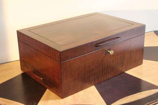 Custom Made Wooden Humidor Curly Maple