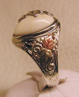 "Custom Made Black Hills Gold On Silver Elk Ivory ""Trophy"" Ring"