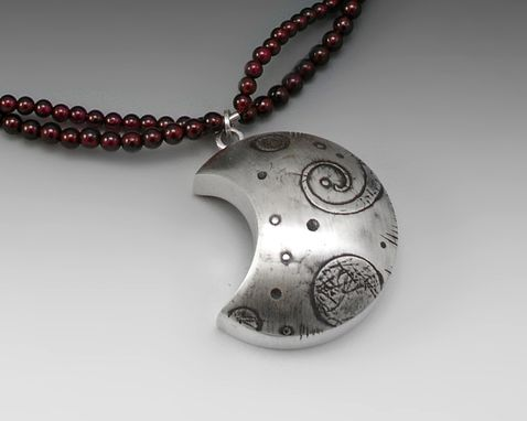 Custom Made One-Of-A-Kind Moon Necklace In Silver And Garnet