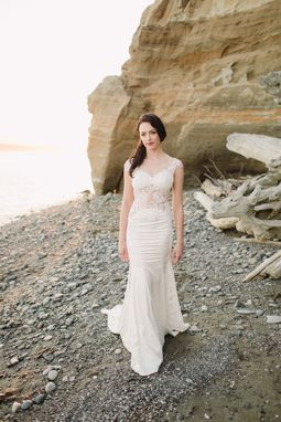 Custom Made Sheath Lace Wedding Dress (Style #Ss16314)