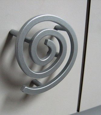 Custom Made Custom Spiral Knobs