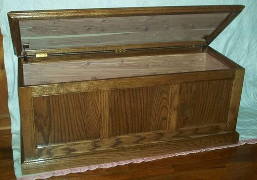 Custom Made Classic Oak Chest W/Cedar Lining