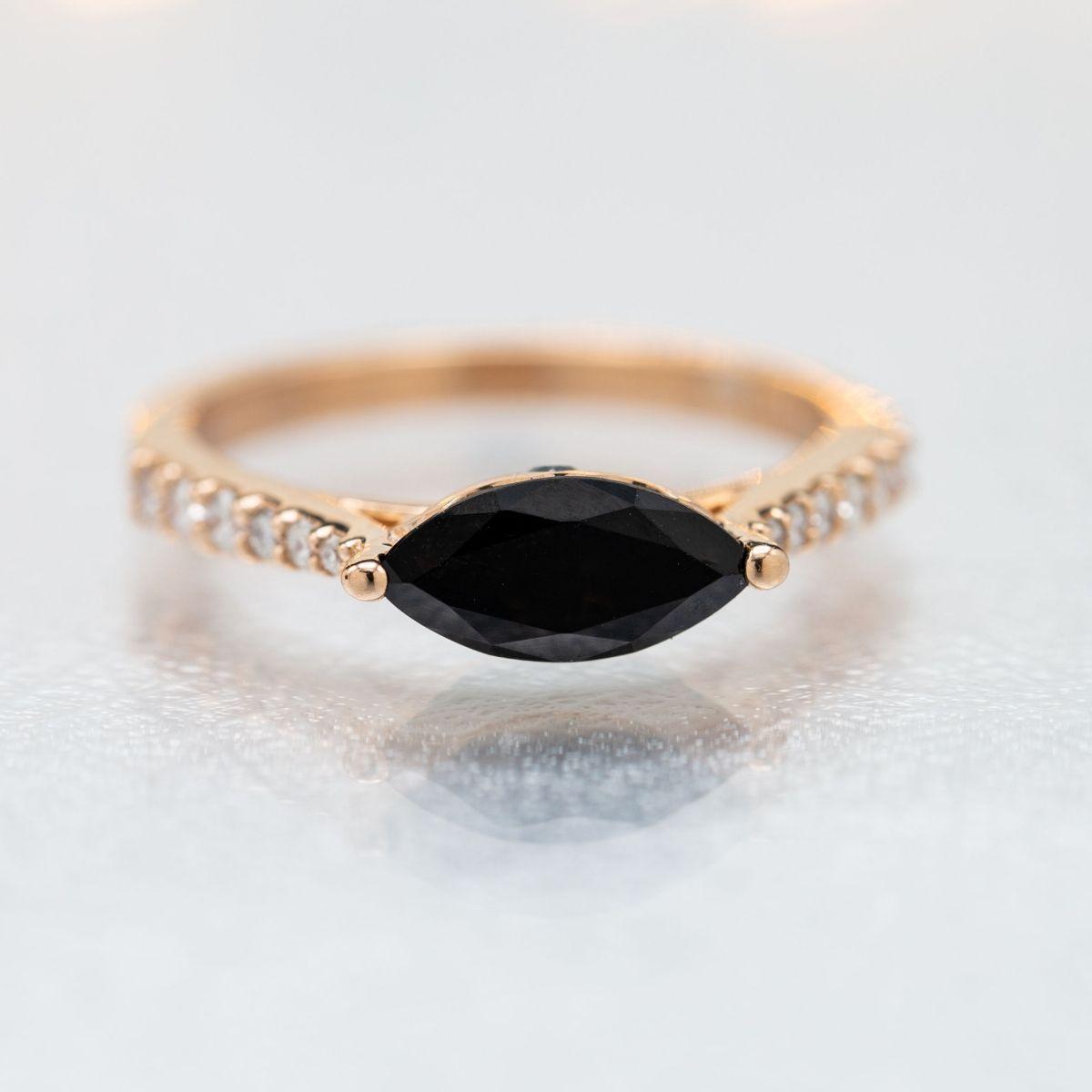 Black Wedding Rings With Diamonds   Black Diamond Engagement Rings Custommade Com