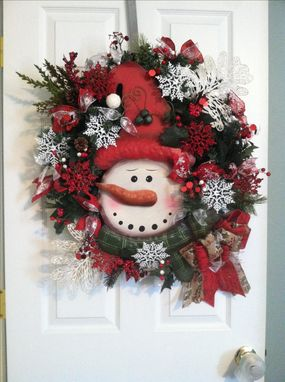 Hand Made Winter Wreaths Christmas Wreaths Snowman Wreaths By Design Twenty Nine Custommade Com