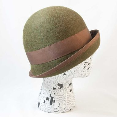Custom Made Cloche Forest Green : Trish