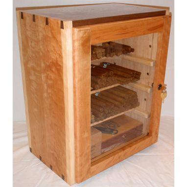 Custom Made Humidor For True Cigar Enthusiast (With Extras!)