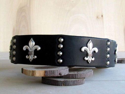 Custom Made Dog Collar, Fleur De Lis, Latigo Leather