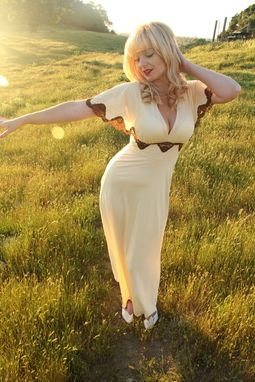 Custom Made Vintage 40s Cream And Brown Lace Slip Night Gown Dress V Neck And Angel Sleeves S M