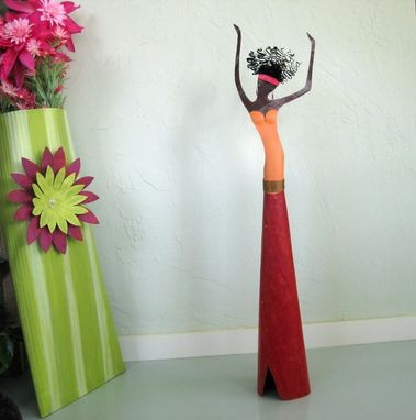 Custom Made Exotic Lady Freestanding Sculpture Reclaimed Metal 3d