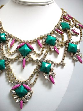 "Custom Made Emerald Rhinestone Necklace ""Hadi''"