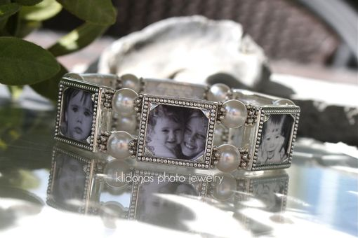 Custom Made Mom, Gift For Grandmother, Holds Six Photos, Sentimental Photo Gift