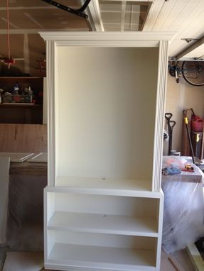 Custom Made Built In Bookcases