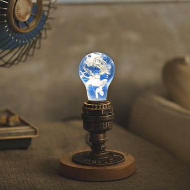 Custom Made Ep Light Handmade Led Lights, Decorative Table Lamp, E26 Led Bulb - Blue Hydrangea