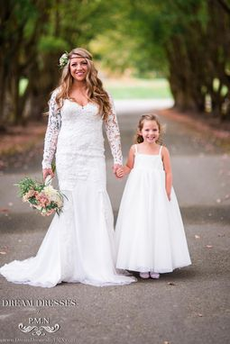 Custom Made Long Sleeve Wedding Dress With Keyhole Back (# Stacie)