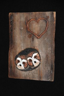 Custom Made Monogrammed - Anniversary - Wedding - Custom Bird Owl Carving