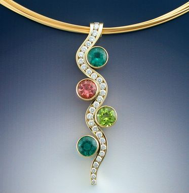 Custom Made Mothers Pendant With Birthstones And Diamonds