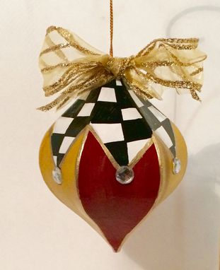 Custom Made Christmas Tree Ornament // Painted Ornament // Whimsical Painted Ornament // Alice In Wonderland