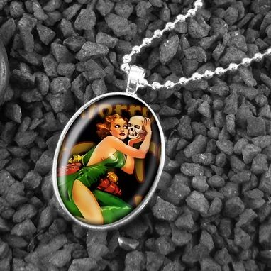 Custom Made Horror Queen Retro Pin Up Girl Sterling Silver Necklace 110-Son