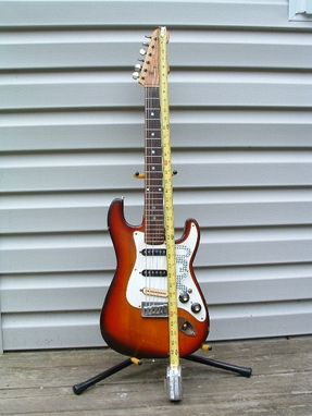Custom Made Solidbody Electric Guitar Strat 3/4 Size