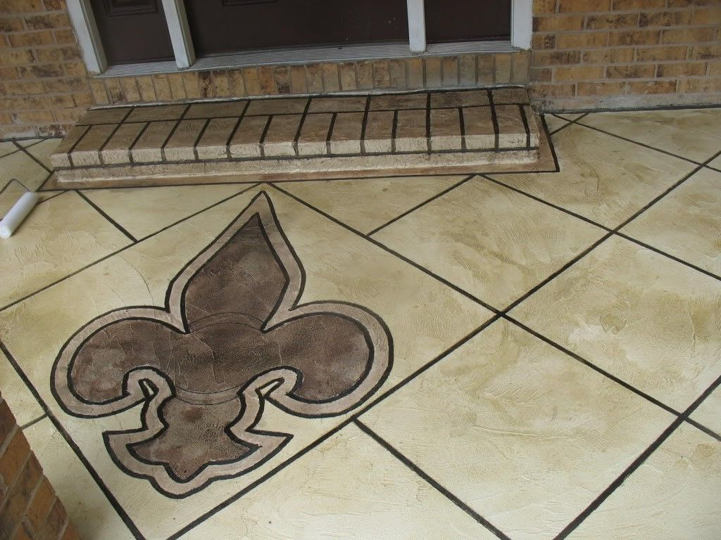 Custom Fleur De Lis Logo On Front Porch Entryway By Glamour Krete