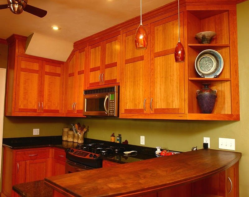 custom made shaker style kitchen in cherry by mckenzie cabinetry. Black Bedroom Furniture Sets. Home Design Ideas