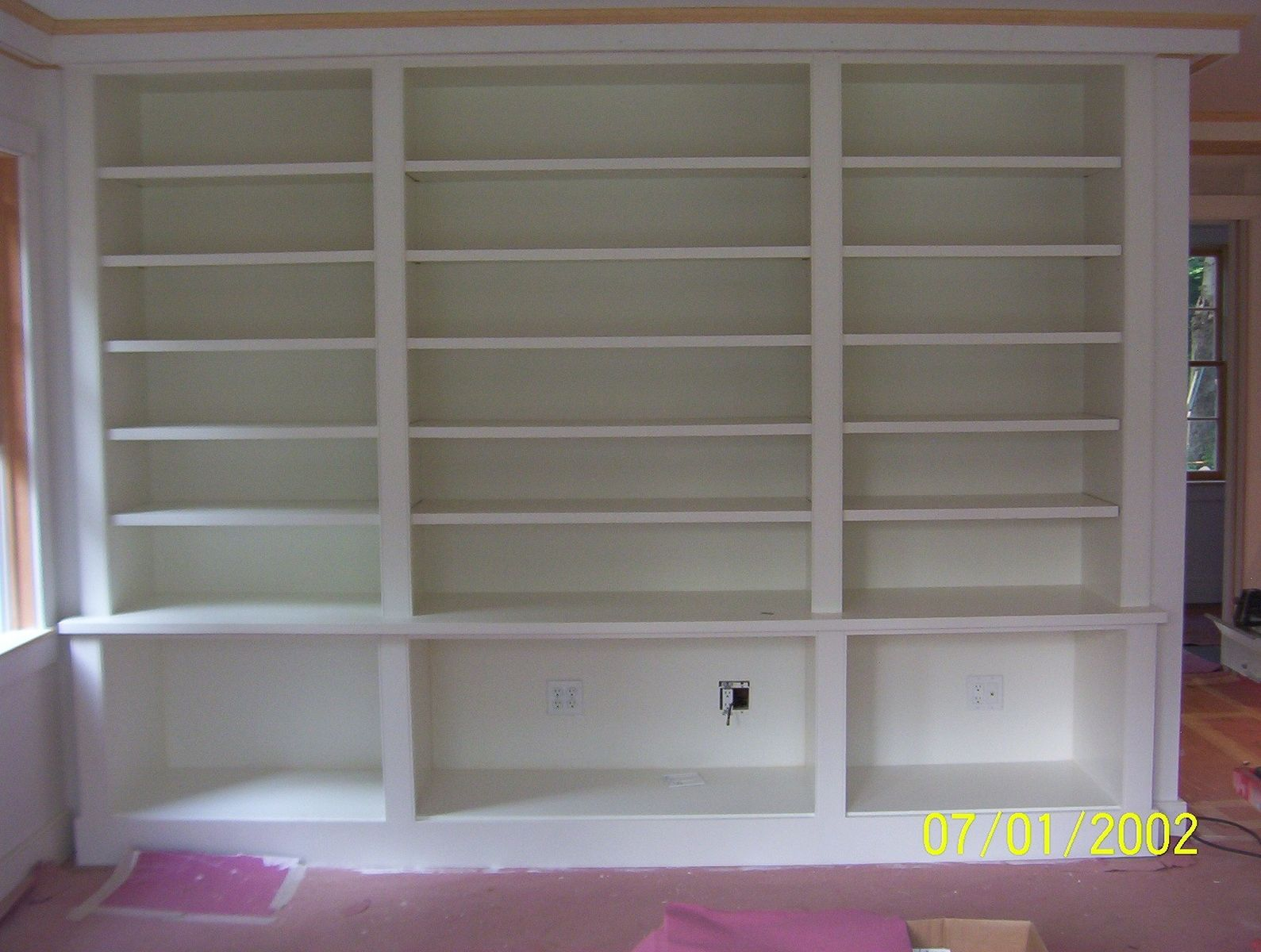 custom made painted built in bookcase by brenda hall wood. Black Bedroom Furniture Sets. Home Design Ideas