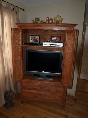 Custom Made Arts And Crafts Inspired Oak Flat Screen Media Center.
