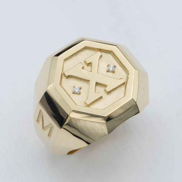 Custom Signet Rings, Family Crest Rings & Coat of Arms Rings